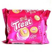 Britannia Treat Strawberry Cream Biscuits 145 GM